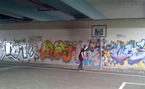 Unter der Friedensbrücke
